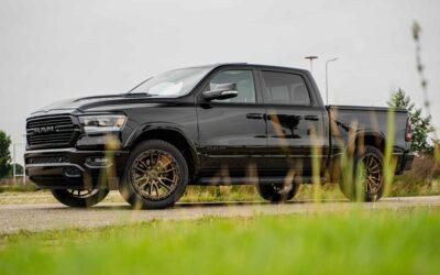 Uitgelicht: RAM 1500 Sport op 22″ Fuel Rebel velgen